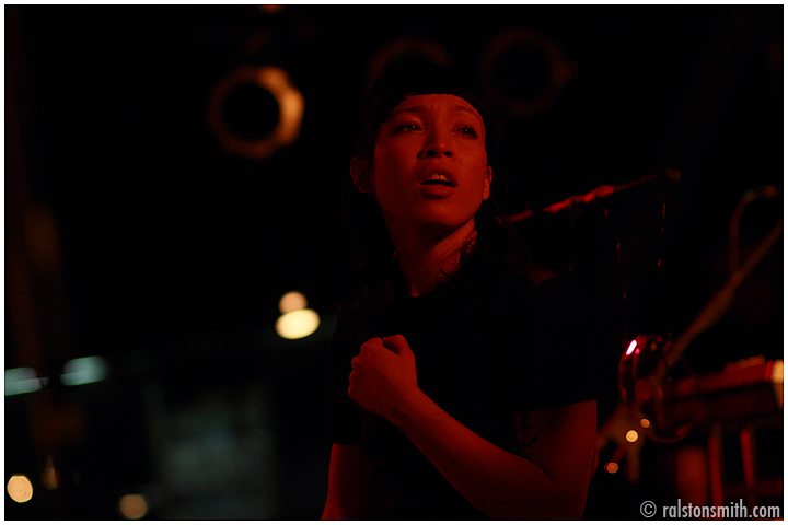 yukimi nagono//little dragon {black cat, dc}